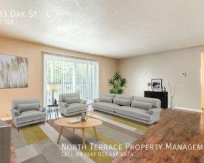 4033 Oak St #L, Kansas City, MO 64111 2 Bedroom Apartment