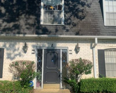 3730 Fairfield Avenue Unit 204