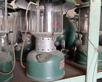 Vintage Coleman 220 F lantern
