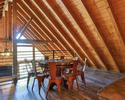 Great family cabin with gourmet kitchen. Clean with great internet! - Lake Arrowhead
