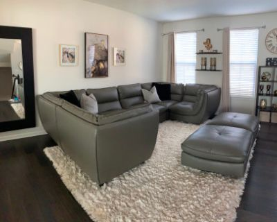 Model-like Townhome with Endless Space, Waldorf, MD