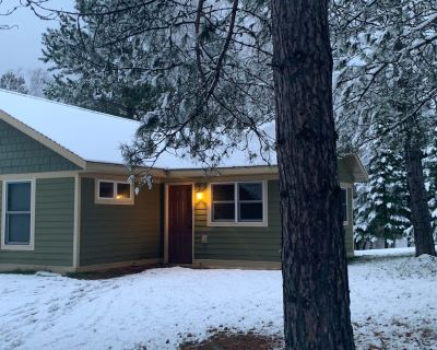 Peaceful cabin retreat on Clearwater Lake (4 season) - Hibbing