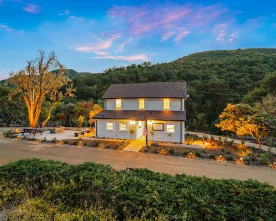 Historical Ranch Home- The 8 MILE HOUSE - Atascadero