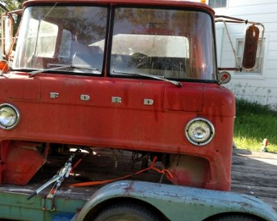 1972 Cabover F700 dump truck. 360 FE engine 5 speed 2 sp axl