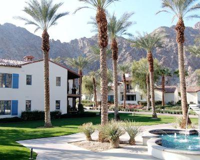 * BLUE SKIES & POOLS! * ENJOY AMAZING VIEWS & LEGACY VILLAS BEST LOCATION! - La Quinta