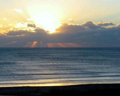 HOT sale-Aug for $100/day + tax-Hear & See the Ocean Now - Cocoa Beach