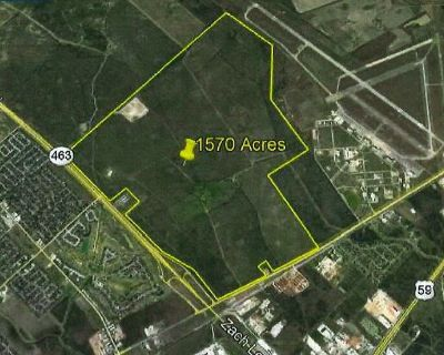 1570 Acres on Loop 463 and Business 59