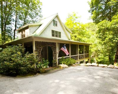 Upscale - Big View of Rushing Waters, Shoals; Private Swim Hole; Natural Firepit - Highlands
