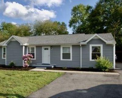 176 Timberlake Dr, Hendersonville, TN 37075 3 Bedroom House