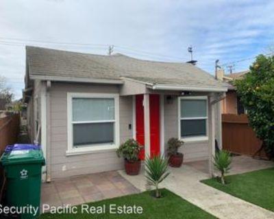 439 B St, Richmond, CA 94801 3 Bedroom Apartment
