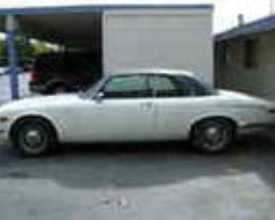 Classic Car Jaguar Xjc V 12 1975