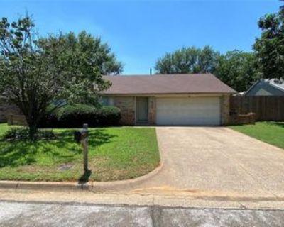 6106 Autumn Springs Dr, Arlington, TX 76001 3 Bedroom House