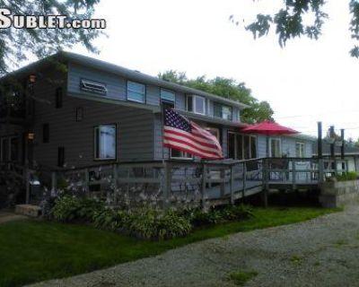 Curtis Ave Winnebago, WI 54956 4 Bedroom House Rental