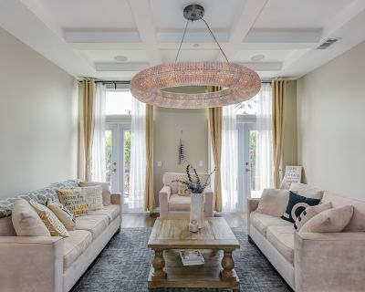 Luxury Home - Long term- Month to Month - Stanton