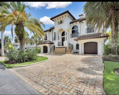 Huge Saltwater Luxury Home - Palm Isles