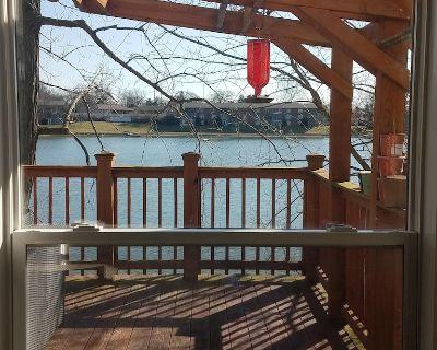 Lake Cottage in SoBro - Indianapolis