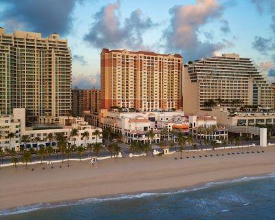 Marriott BeachPlace Towers 2 Bedroom Unit (Sleeps 8) - Central Beach