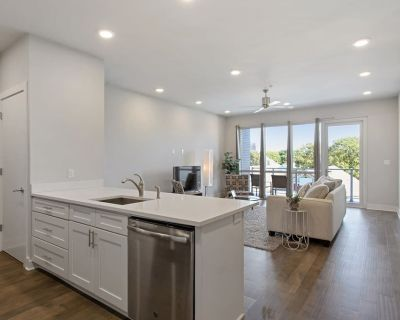 Fancy Bywater 2br w/ Pool & Gym 310 - Bywater