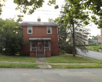 3 Bed 1.5 Bath Foreclosure Property in Fairmont, WV 26554 - Gaston Ave