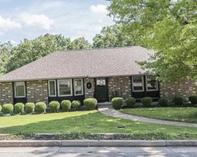 Beautiful home for sale by Owner Jefferson city