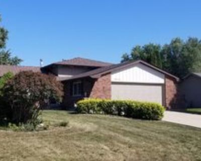 29W332 Mark Dr, Naperville, IL 60564 3 Bedroom House