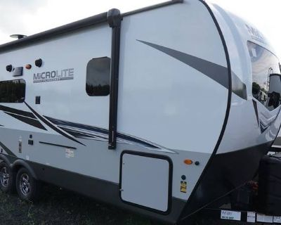 2022 Forest River Flagstaff Micro Lite 22FBS