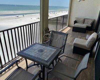 Beachfront Condo Close to Times Square - Pelican Watch #502 - Fort Myers Beach