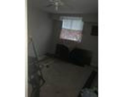 Roommate wanted to share 2 Bedroom 1 Bathroom Apartment...