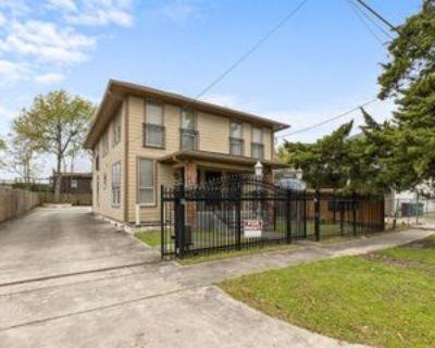 4306 Wilmer St #2, Houston, TX 77003 1 Bedroom Condo