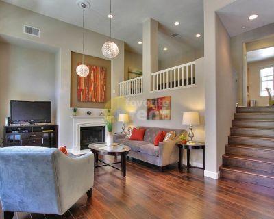 Stunning 3 Bedroom TownHouse – Santa Clara
