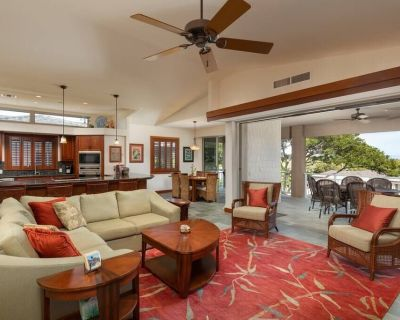 Villages at Mauna Lani 3 bedroom suites with private beach pass - Puako
