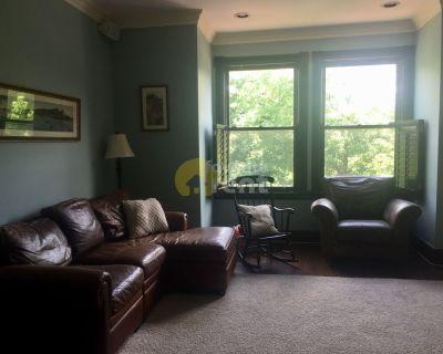 Southeast Washington , 3-bedroom / 4-bathroom house plus garage