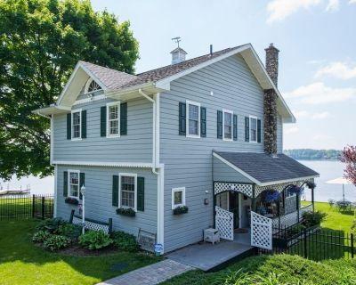 Berkshire Lake House Vacation Rental - Pittsfield