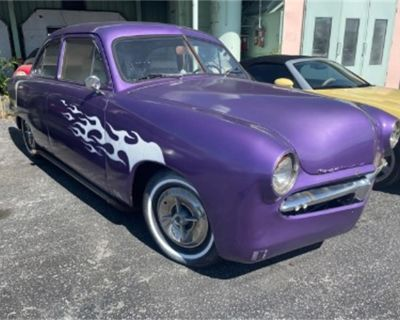 1951 Ford Street Rod