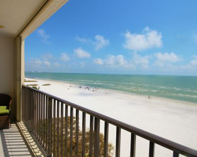 Beachfront Condo Close to Times Square - Pelican Watch #503 - Fort Myers Beach