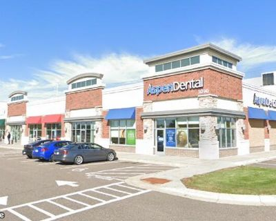 Shingle Creek Crossing Retail Space for Lease