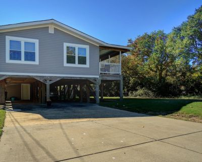 Entire Beach House! Comfy Beds, Cable, Wi-Fi, Grill, 2 blocks to beach! - Willoughby Spit