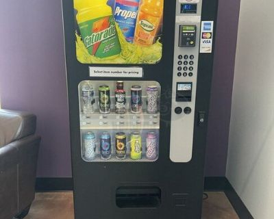 Used 2005 Vendnet Wittern USI CB500-SA GVC1 Soda Vending Machine