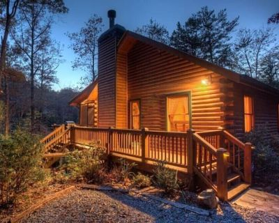 Inviting Hot Tub, Fishing Off The Dock, Hiking and gas grill, This Cabin Has It All - Blue Ridge