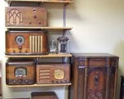 """WANTED: cool looking old radio""""S /or Boomboxes"""