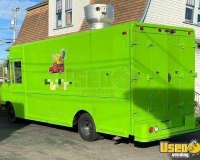 Pristine 1997 Ford Utilimaster Step Van Coffee and Beverage Truck