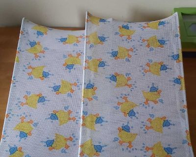 2 baby slings for the bath, perfect condition