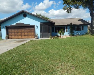 Location Location Relax & bring your fishing poles - Cape Coral