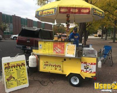2017 - 4.5' x 6' Dreammaker Oceanside Pro Hot Dog Vending Cart