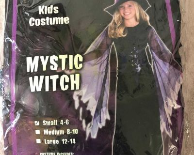 Kids Mystic Witch kids costume size small 4-6