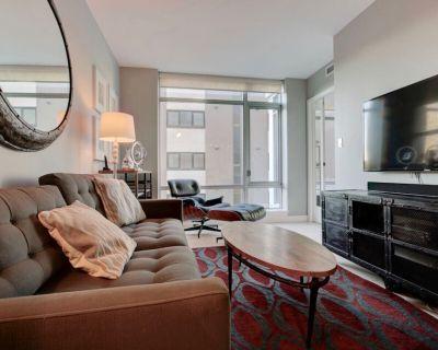 Smart 11- LuxuryYaletown Vancouver Furnished Condo Rental - West End