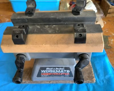 Black & Decker Hobby craft Workmate, bench top vise and plastic parts holder