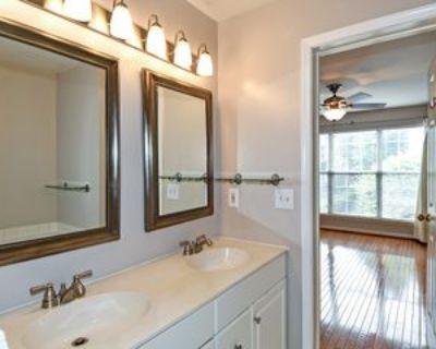 10361 Sager Ave #10361, Fairfax, VA 22030 2 Bedroom Condo