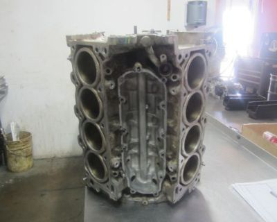 #bkn42 2012 Toyota Tundra 4.6 1ur Bare Engine Block