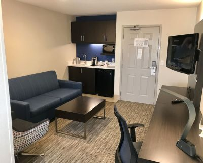 Holiday Inn Express Hotel & Suites Tracy, an IHG Hotel - Tracy